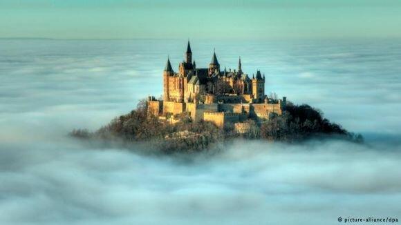 """قلعة """"هوهيتسوليرن"""" في ألمانيا"""