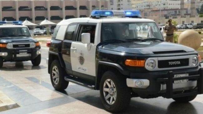 مكة المكرمة: القبض على مقيم و 3 مخالفين لنظام أمن الحدود لأرتكاب جرائم بذات النمط والسلوك الإجرامي