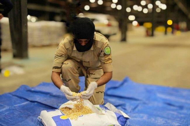 إحباط مخطط لتهريب أكثر من (1.5) مليون قرص إمفيتامين مخدر إلى المملكة