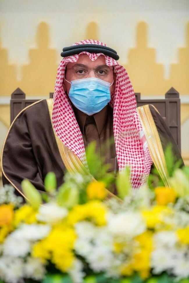 أمير القصيم يستقبل أصحاب السمو والفضيلة والمعالي الفائزين بجائزة القصيم للتميز والإبداع