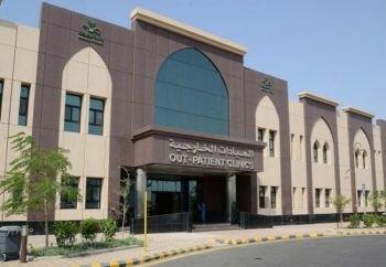 عمل جراحي مميز لاستئصال ورم دقيق في المخ بمستشفى شرق جدة