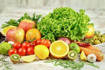 دراسة ترجح أن نقص الفيتامينات قد يكون العرض الوحيد لمشاكل الهضم