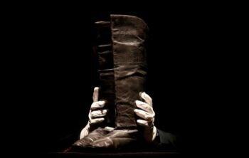 مقابل ما يقرب من 88000 دولار يمكن لأي شخص أن يمشي في حذاء نابليون