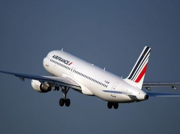 الخطوط الفرنسية تعلن عن خفض للوظائف وسط محادثات حكومية