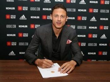 نيمانيا ماتيك يوقع صفقة جديدة مع مانشستر يونايتد حتى عام 2023