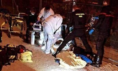 طعن امرأتين مسلمتين تحت برج إيفل