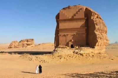 الخطيب : قطاع السياحة والضيافة يستوعب نحو مليون فرصة عمل جديدة حتى عام ٢٠٣٠
