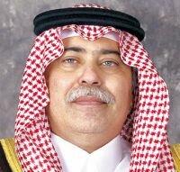 وزير التجارة يكافئ مواطناً لإبلاغه عن غش تجاري لمنشأة تبيع حلويات منتهية الصلاحية ليلة العيد