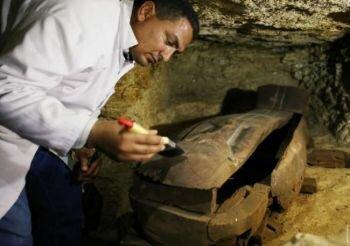 اكتشاف جبانة أثرية بمحافظة المنيا في مصر